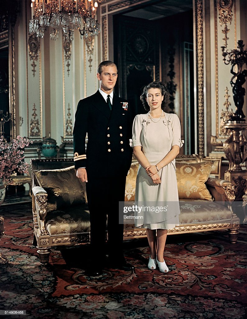 Princess Elizabeth and Prince Philip : News Photo