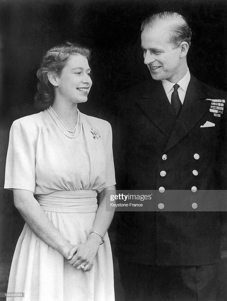 Queen Elizabeth Ii Engaged To Philip Mountbatten In 1947 : News Photo