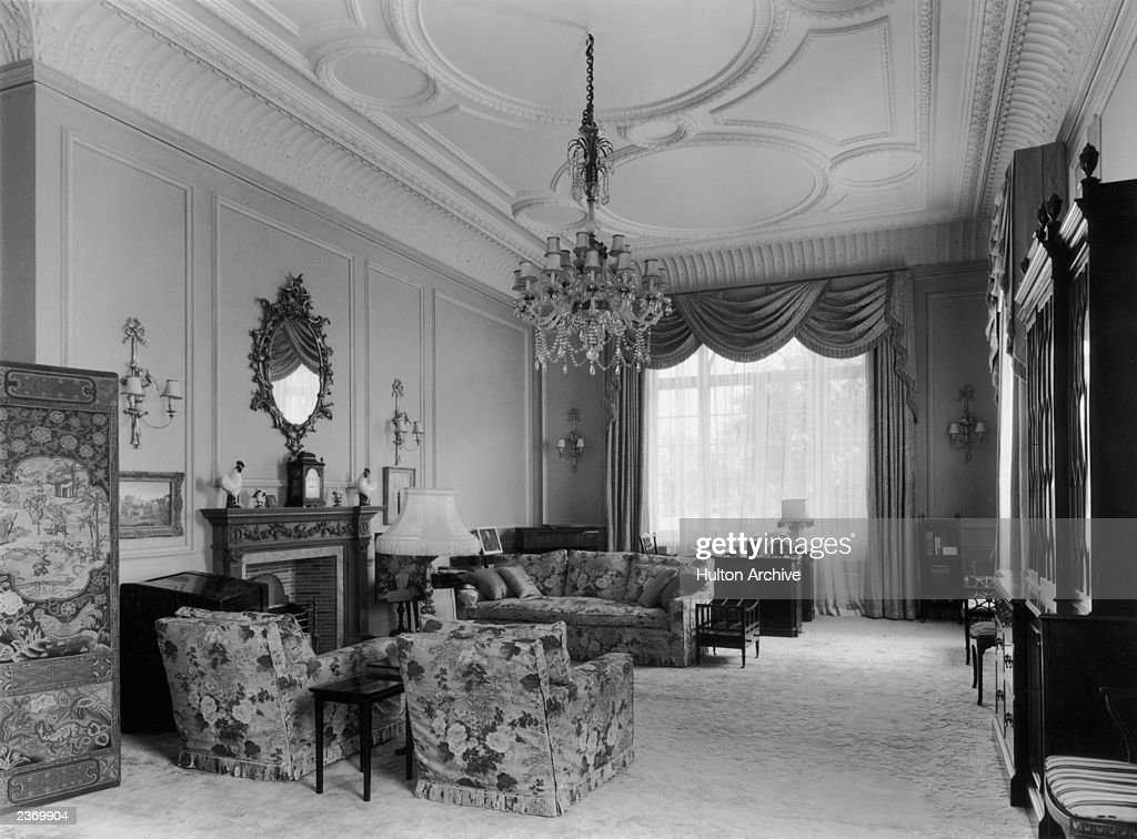 Princess Elizabethu0027s Sitting Room On The First Floor Of Clarence House In  London, 1949.
