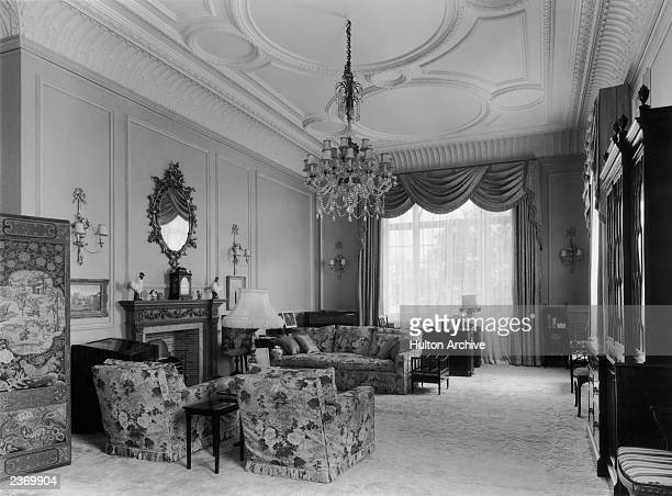 Princess Elizabeth's sitting room on the first floor of Clarence House in London, 1949. The house was built in 1825-27 by John Nash for the Duke of...