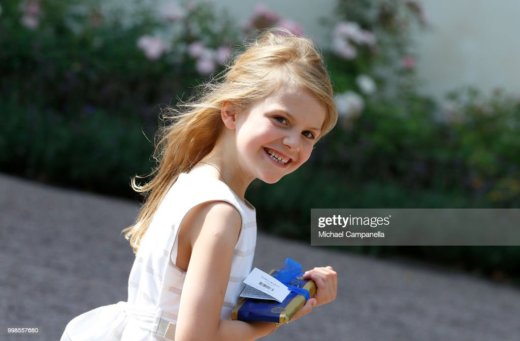 SWE: Estelle Of Sweden Turns 7 Years Old