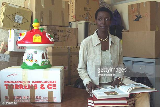 Princess Esther Kamatari at the headquarters of the 'Association des Burundais en France' She assists the Association