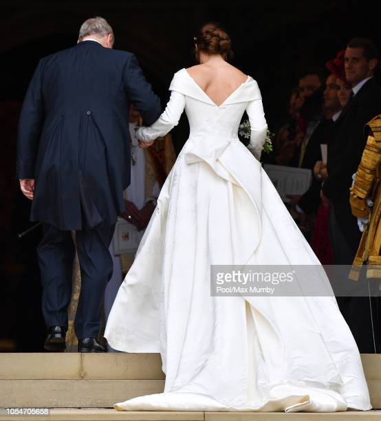 Princess Eugenie arrives at St George's Chapel ahead of her and Jack Brooksbank's wedding ceremony on October 12, 2018 in Windsor, England.