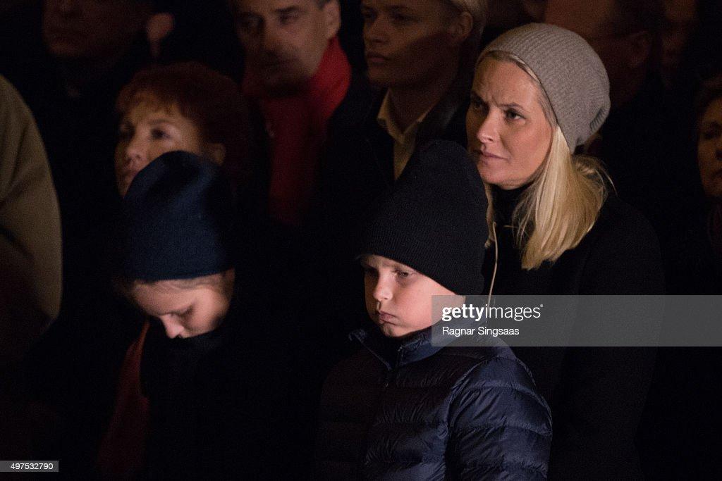 Norwegian Royals Attend a Paris Memorial in Oslo : News Photo