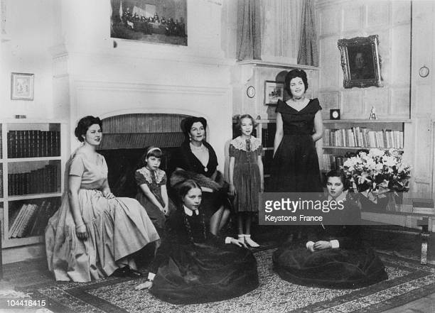 Princess ISABELLE of OrleansBragance Countess of Paris with her daughters in the 1950's From left to right HELENE of Orleans CHANTAL DIANECLAUDE...