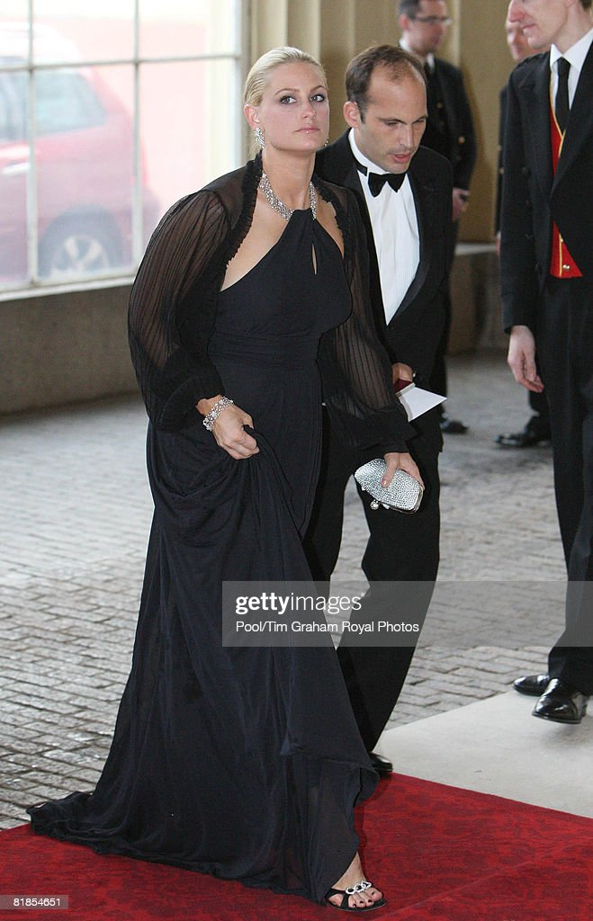 Queen Elizabeth II Hosts Golden Jubilee Dinner For Aga Khan : News Photo