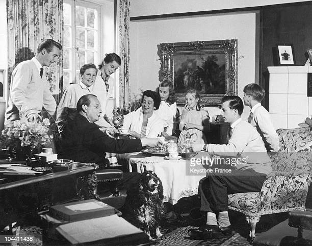 Princess KYRA of Prussia and her husband Prince LOUISFERDINAND of Prussia surrounded by their children in Breme Germany on June 11 1957
