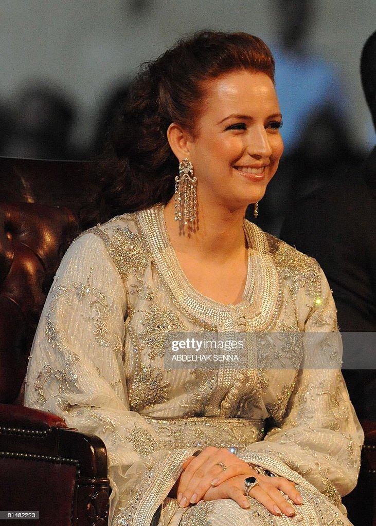Princess Lalla Salma (L), wife of Morocc : News Photo