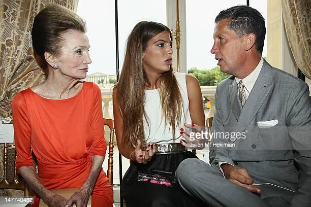 Princess Lee Radziwill Bianca Brandolini and Stefano Tonchi attend the Giambattista Valli HauteCouture Show as part of Paris Fashion Week Fall /...