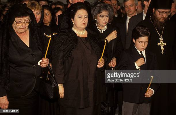 Princess Leonida, widow, Grand Duchess Marie and Czar Gueorgui, 12 in Saint Petersbourg, Russia on May 29, 1992.