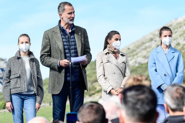 ESP: Spanish Royals Visit Santa Maria del Puerto de Somiedo - 'Princess of Asturias' Awards 2021