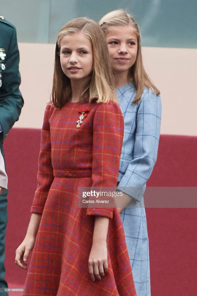Spanish Royals Attend The National Day Military Parade : ニュース写真