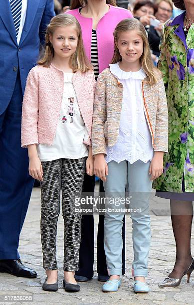 Princess Leonor of Spain and Princess Sofia of Spain attend the Easter Mass at the Cathedral of Palma de Mallorca o on March 27 2016 in Palma de...