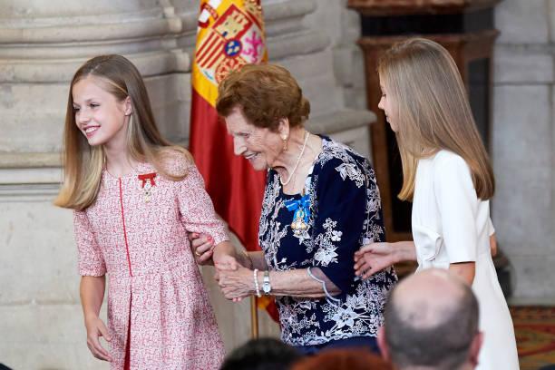 ESP: Spanish Royals Deliver 'Order of the Civil Merit' Awards