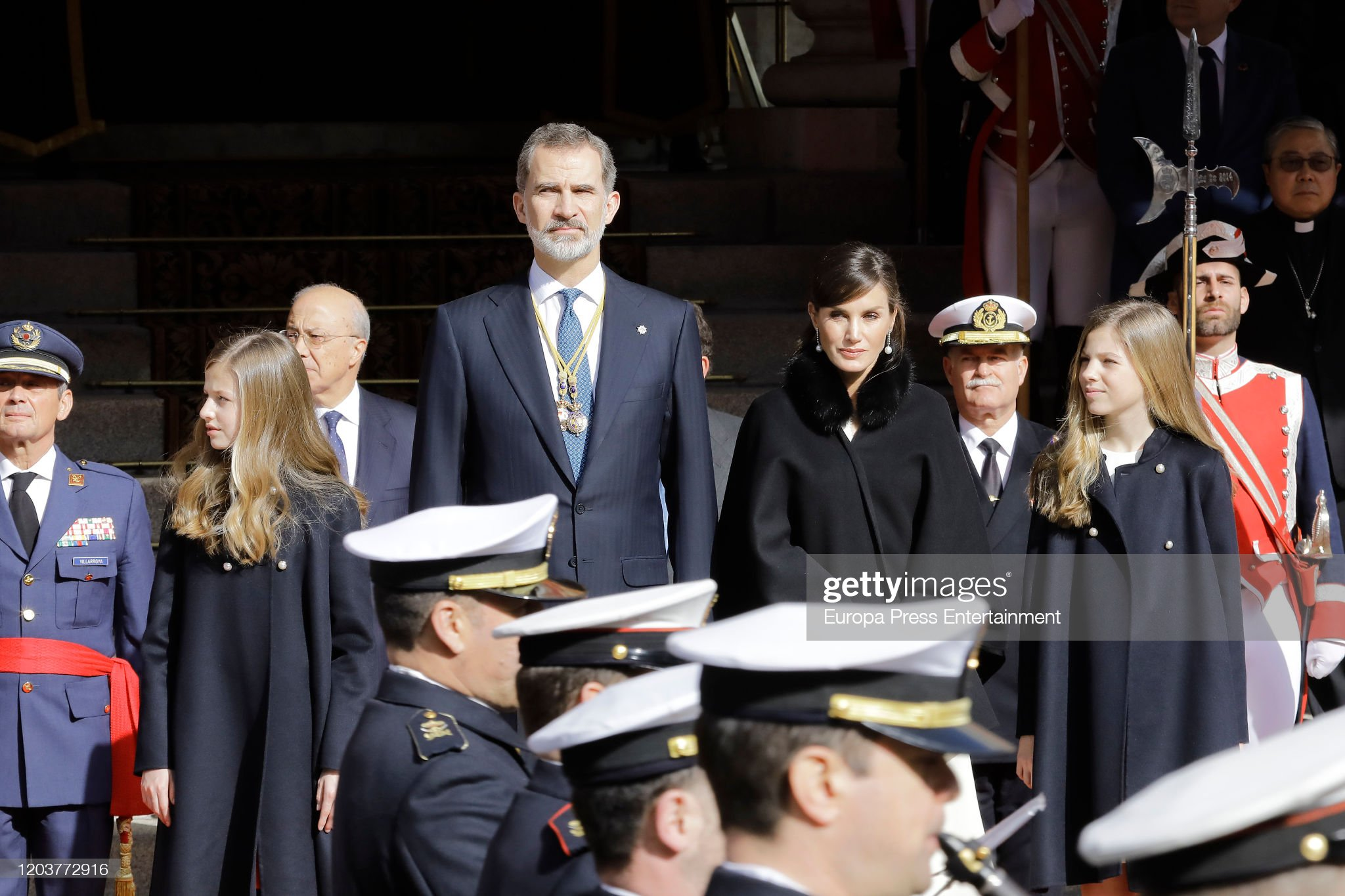 https://media.gettyimages.com/photos/princess-leonor-of-spain-king-felipe-of-spain-queen-letizia-of-spain-picture-id1203772916?s=2048x2048