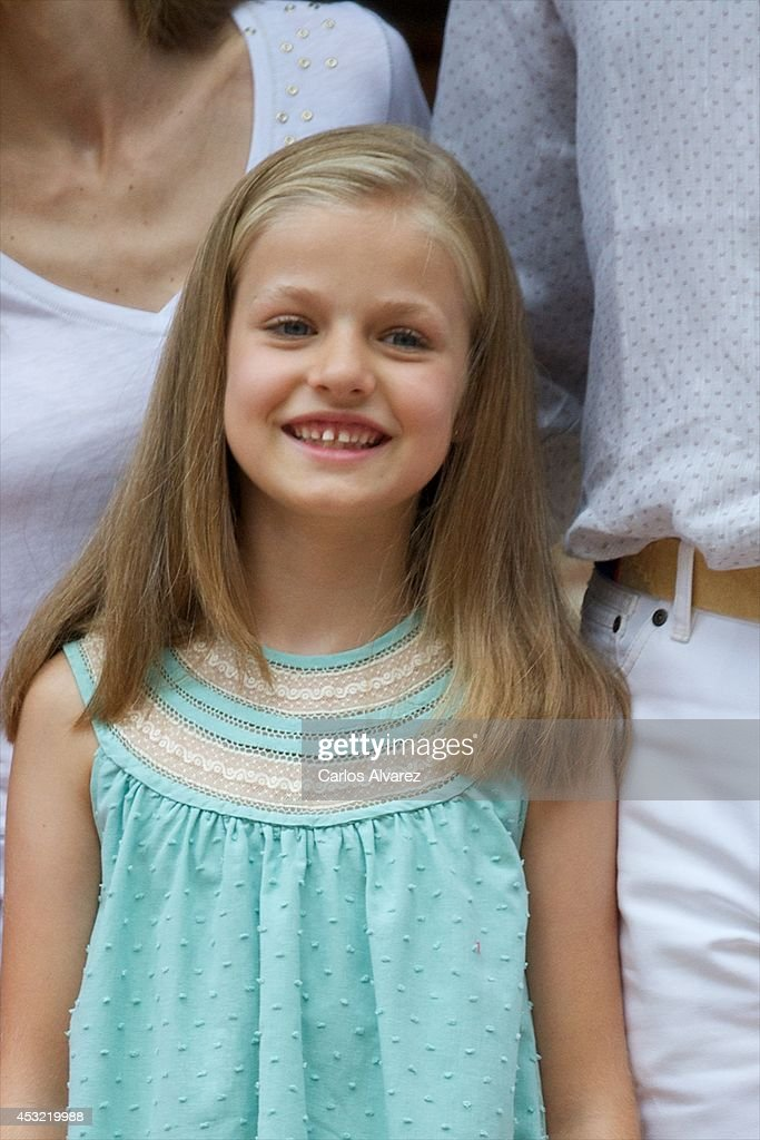 Princess Leonor of Spain poses for the photographers at the Marivent Palace on August 5, 2014 in Palma de Mallorca, Spain.