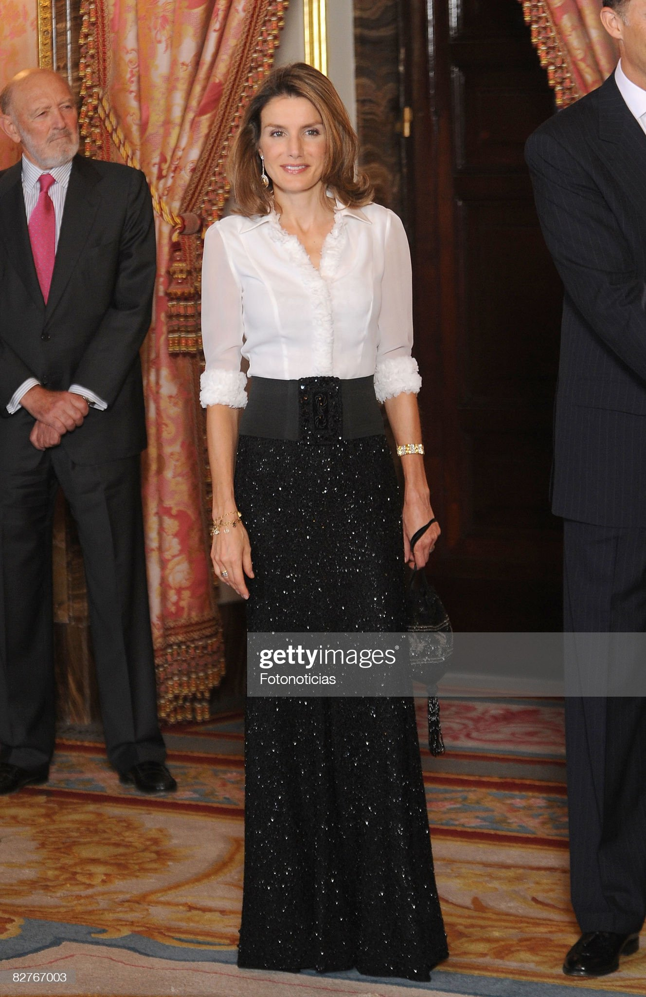 Spanish Royals Host Gala Dinner Honoring Costa Rica President : News Photo
