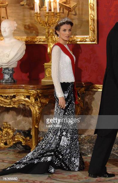 HRH Princess Letizia attend the Gala Dinner in honour of the President of The Philippines Gloria Macapagal and her husband Jose Miguel Arroyo at the...