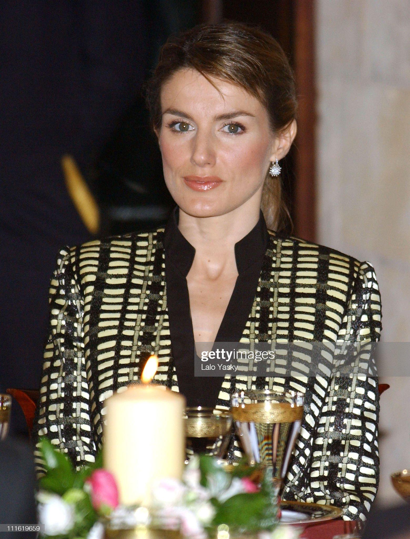 Prince Felipe and Princess Letizia Have Dinner at Almudaina Palace : News Photo