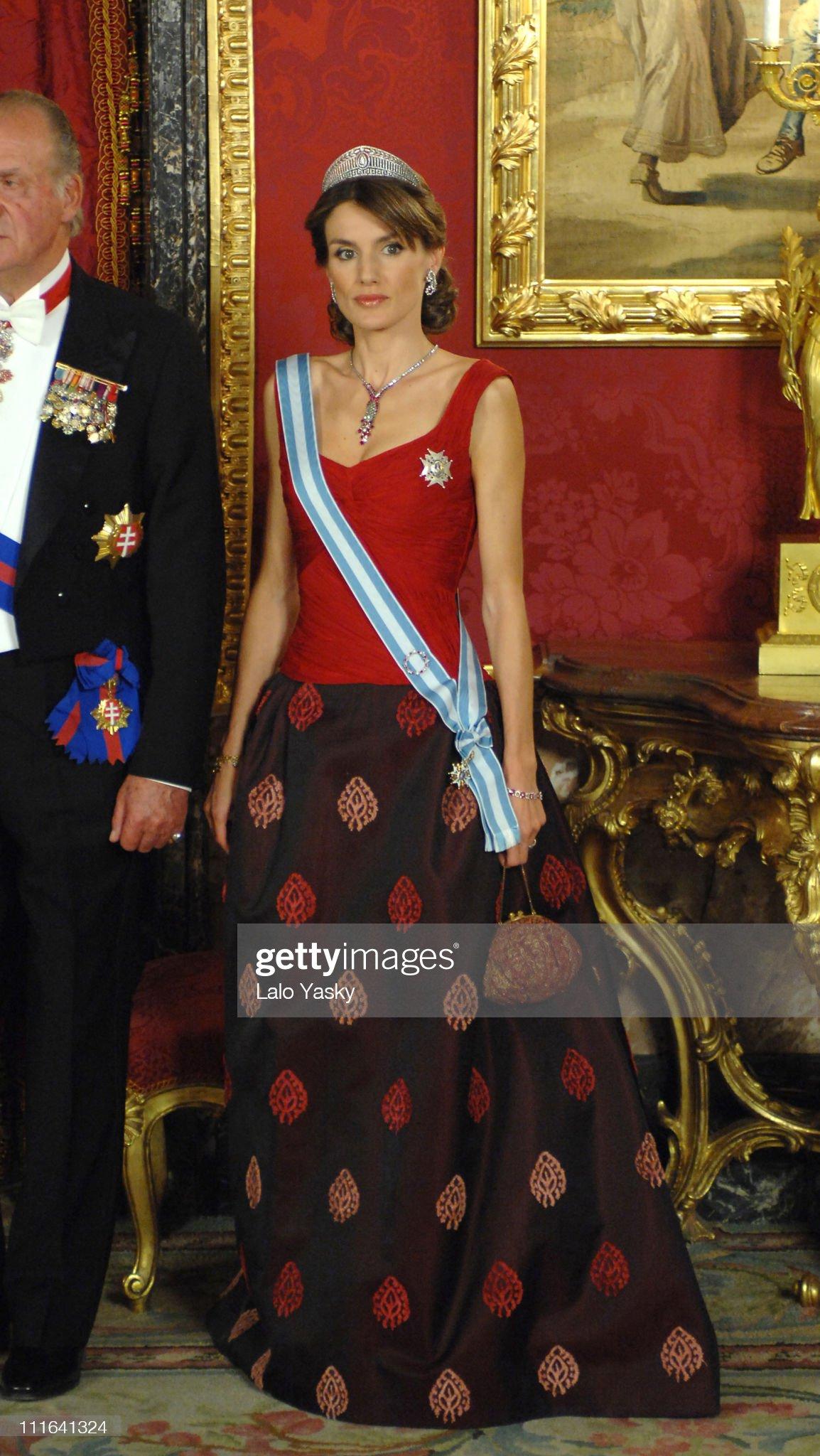 Spanish Royals Host Gala Dinner in Honour of Slovakian President : News Photo