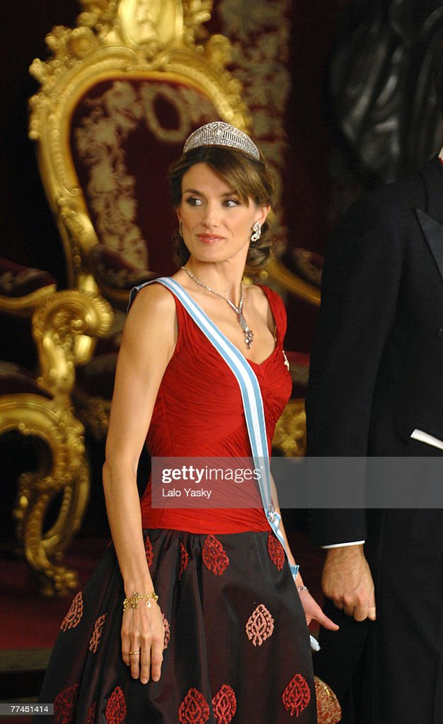 HRH Princess Letizia attends the Royal Gala Dinner in honour of Slovakian President Ivan Gasparovic and his wife Silvia at the Royal Palace on October 22, 2007 in Madrid, Spain