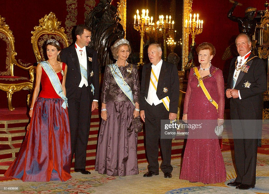 Princess Letizia, Crown Prince Felipe, Queen Sofia, Imants Freibergs, President Vaira Vike-Freiberga and King Juan Carlos attend Royal Gala Dinner honouring Letonia's President Vaira Vike-Freiberga at the Royal Palace on October 18, 2004 in Madrid, Spain.