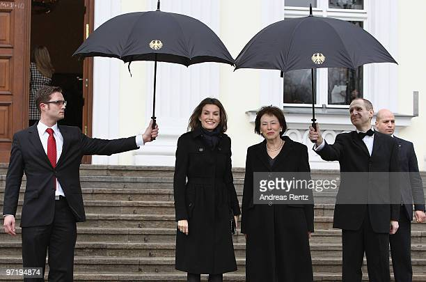 Princess Letizia of Spain and German First Lady Eva Luise Koehler smile upon their arrival at Bellevue palace on March 1 2010 in Berlin Germany In...