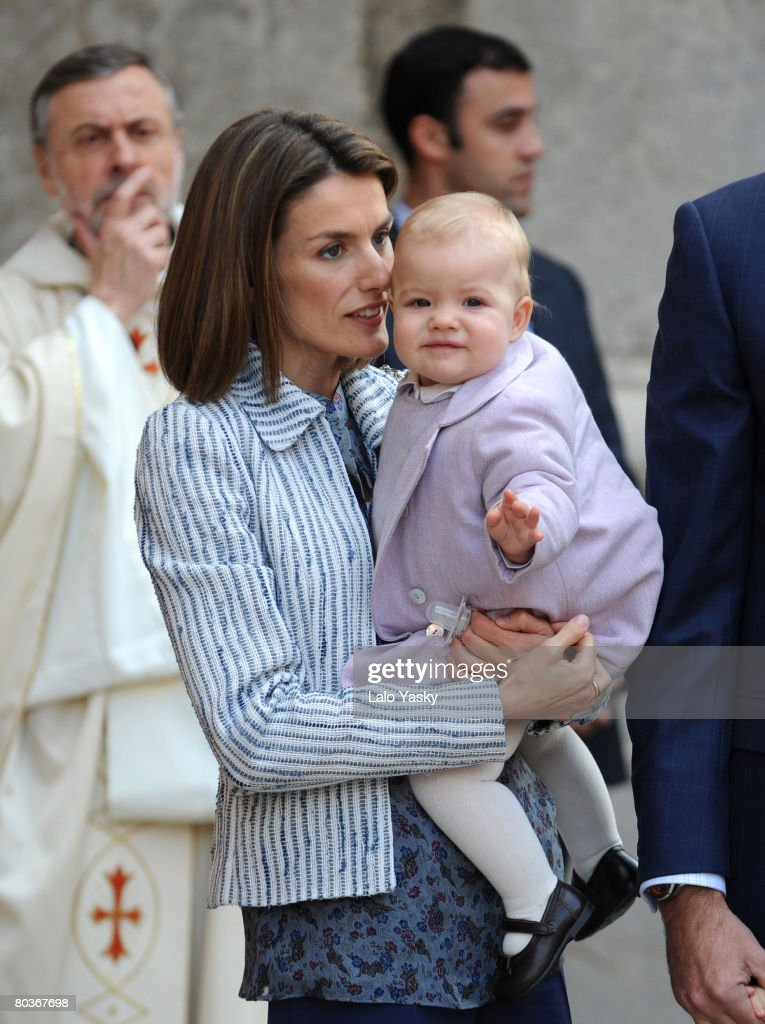 Princess Letizia of Spain and her daughter Sofia arrive at Palma de Mallorca's Cathedral to celebrate Easter Sunday Mass on March 23, 2008 in Palma de Mallorca, Spain.