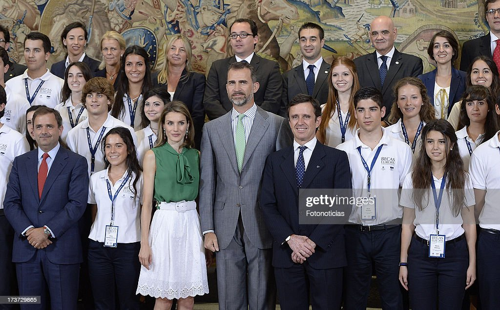 Princess Letizia of Spain and Prince Felipe of Spain pose for a group picture during an audience at Zarzuela Palace on July 17, 2013 in Madrid, Spain.