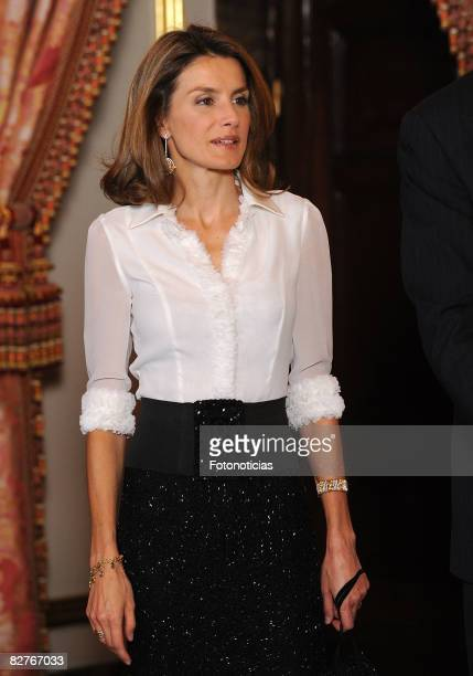 Princess Letizia of Spain attends a dinner in honour of Costa Ricas President Oscar Arias Sanchez at The Royal Palace on September 10 2008 in Madrid...
