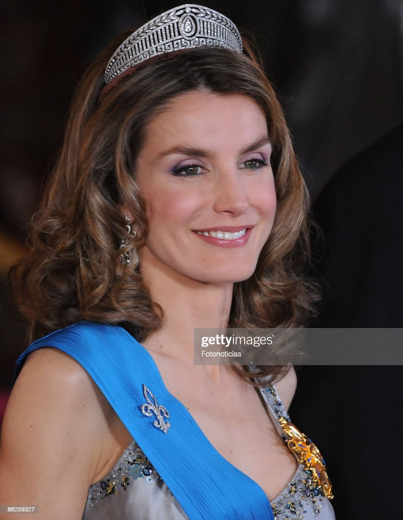 Spanish Royals Host Gala Dinner Honouring Nicolas Sarkozy & Carla Brun : News Photo