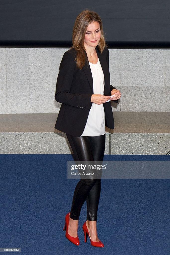 Princess Letizia of Spain Attends AEEPP 2013 Awards : News Photo