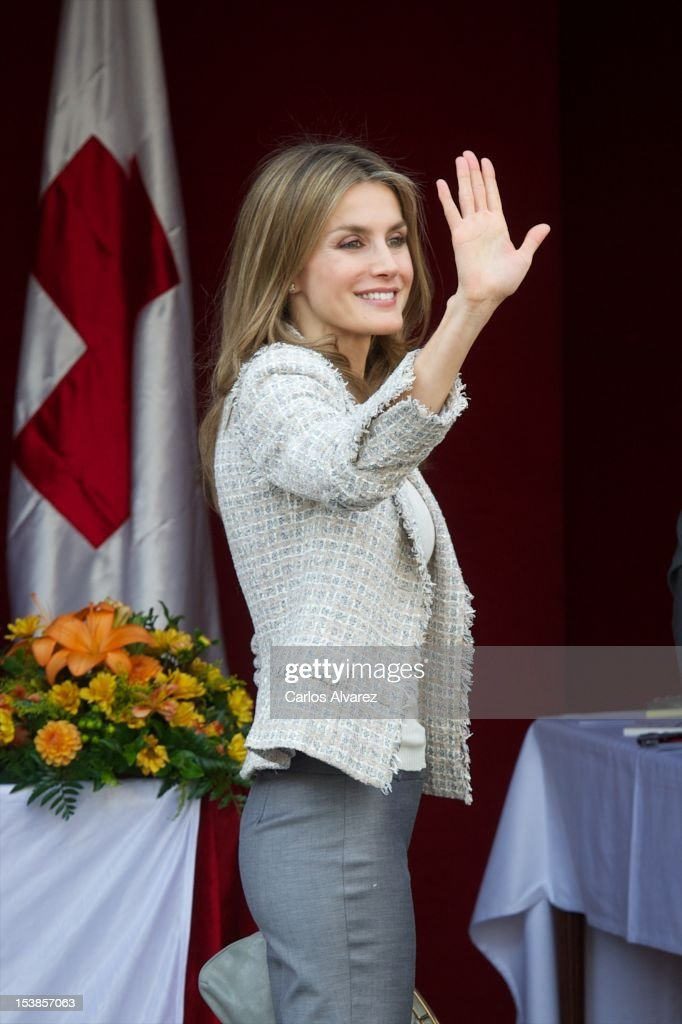 Princess Letizia of Spain attends Red Cross Fundraising Day 2012 on October 10, 2012 in Madrid, Spain.