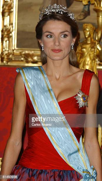 Princess Letizia of Spain attends Royal Gala Dinner honouring Letonia's President Vaira VikeFreiberga at the Royal Palace on October 18 2004 in...