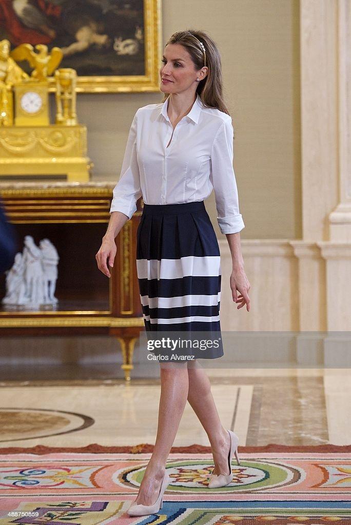 Princess Letizia of Spain Attends Audiences at Zarzuela Palace : News Photo