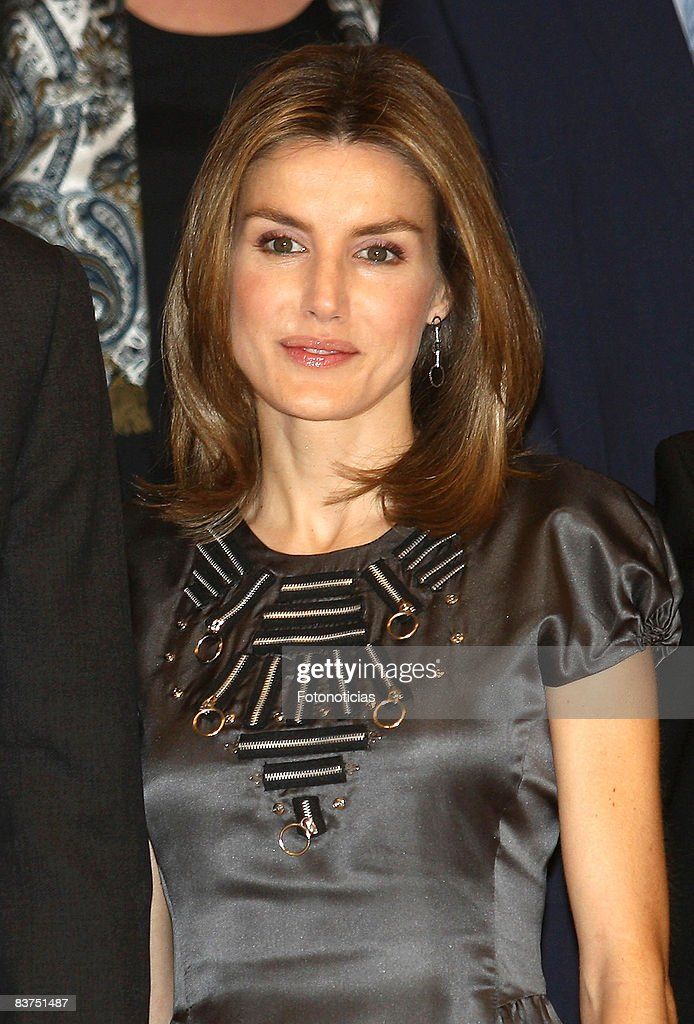Prince Felipe & Princess Letizia Attend Spanish Youth Congress Dinner : News Photo