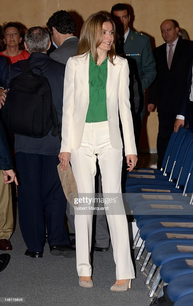 Princess Letizia of Spain Attends the Closure of 'European Association for Cancer Research' Congress : News Photo