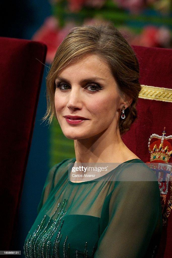 Spanish Royals Attend Principes de Asturias Awards 2013 - Gala : News Photo