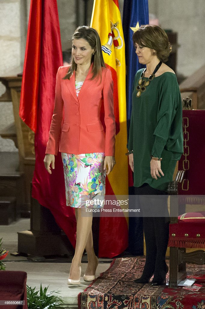 Princess Letizia of Spain (L) attends the 'Principe de Viana' 2014 awards on June 4, 2014 in San Salvador de Leyre, Spain.