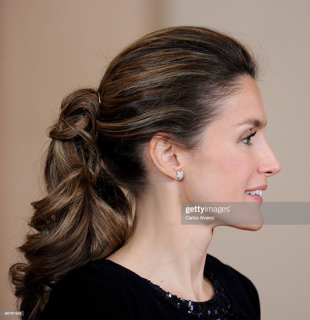 Princess Letizia of Spain attends the 'VI European Union - Latin America and Caribbean Summit' dinner at the Royal Palace on May 17, 2010 in Madrid, Spain.