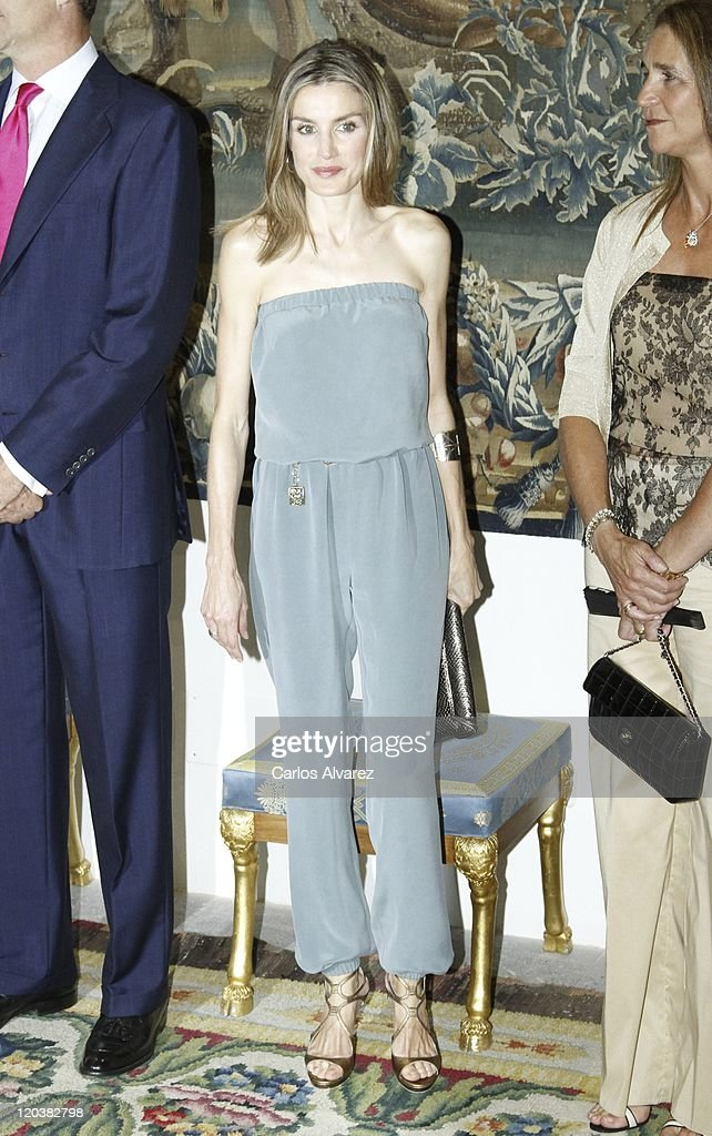 Spanish Royal Family Summer Dinner At Almudaina Palace Photos and ...