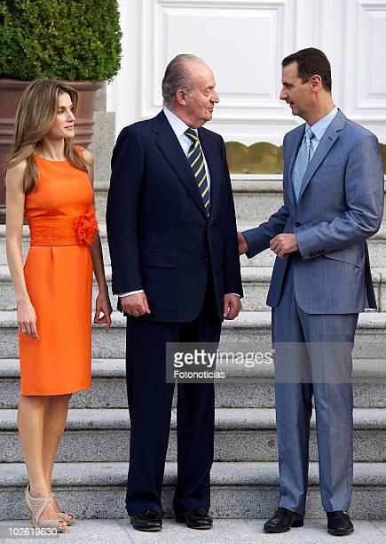 Princess Letizia of Spain King Juan Carlos of Spain and Syrian Arab Republic President Bashar alAssad pose for photographers at Zarzuela Palace on...
