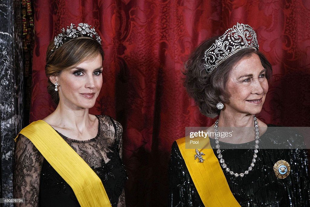 Spanish Royals Host a Dinner With President of Mexico and His Wife : Nyhetsfoto