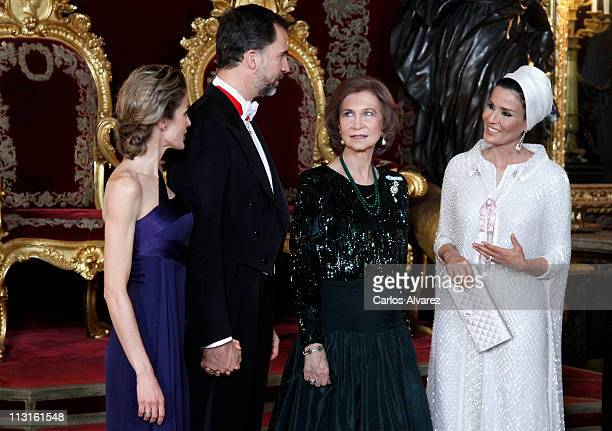 Princess Letizia of Spain Prince Felipe of Spain Queen Sofia of Spain and Sheikha Moza Bint Nasser AlMissned pose for the photographers during a Gala...