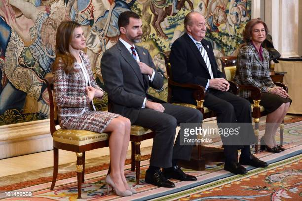 Princess Letizia of Spain Prince Felipe of Spain Queen Sofia of Spain and King Juan Carlos of Spain receive The Spanish Handball National Team at...