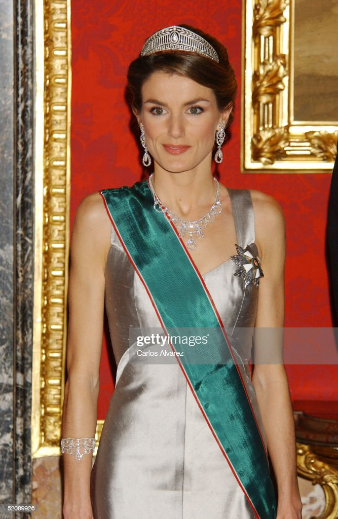 Princess Letizia of Spain receives the Hungarian President and his wife at a Gala Dinner at the Royal Palace in Madrid on January 31, 2005 in Madrid, Spain.