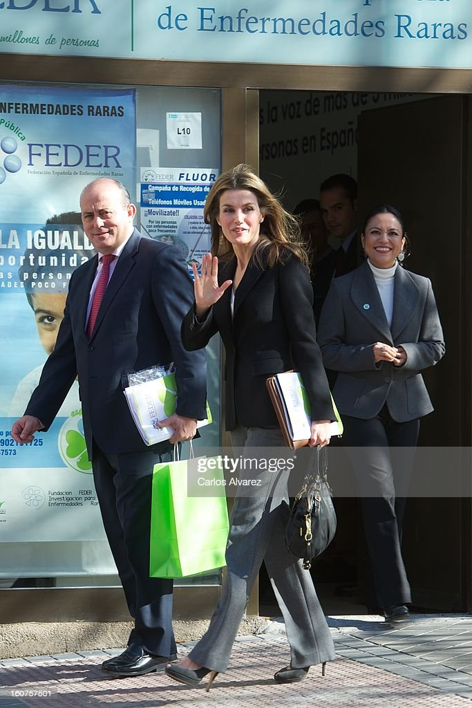 Princess Letizia of Spain (C) visits the Rare Diseases Spanish Federation on February 5, 2013 in Madrid, Spain.