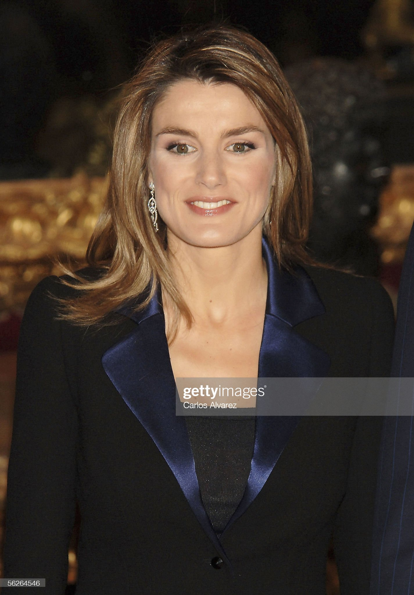 Вечерние наряды Королевы Летиции Spanish Royal Family Celebrate 30 years Of King Juan Carlos's Kingdom : News Photo