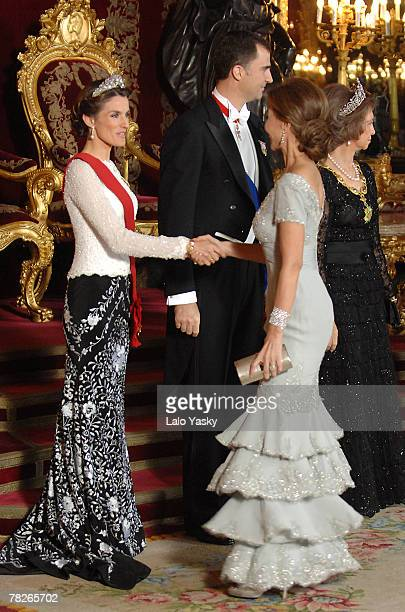 HRH Princess Letizia receives Isabel Preysler at the Gala Dinner in honour of the President of The Philippines Gloria Macapagal and her husband Jose...