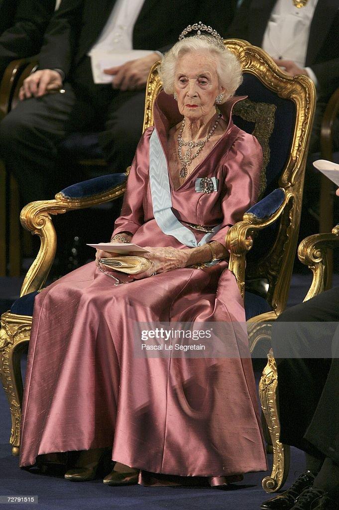 Nobel Foundation Prize 2006 : News Photo
